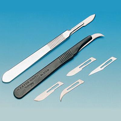 Skalpel chirurgiczny spiczasty